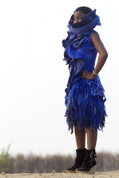 sharit's posterous - Home Nuno Felt Scarf, Silk Shawl, Nuno Felting, Felt Art, Clothing Ideas, Textile Art, Wearable Art, Wool Felt, Tie Dye Skirt