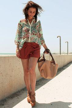 Nude-zara-bag-bow-necesary-clothing-shorts-floral-print-pull-bear-blouse_400