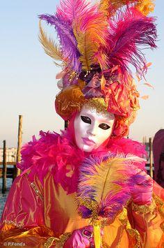 Italy, Venezia by Peter Fenďa Venetian Carnival Masks, Carnival Of Venice, Venetian Masquerade, Masquerade Ball, Mardi Gras Costumes, Carnival Costumes, Halloween Costumes, Harlequin Mask, Carnival Headdress