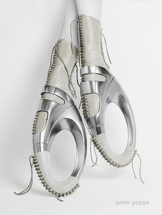 Lace-Up CiRCLE, Avant-Garde Shoes by Peter Popps / Peter Popps