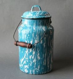 Vintage Robin Egg Blue Graniteware Milk Pail Can~  i would use this for my kitchen scrap collections!! compost for health!!