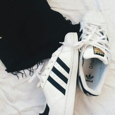 Chaussures pour vous très à la mode