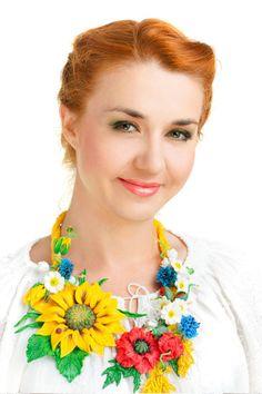 Necklace flower, cold porcelain, floral arrangement, Ukrainian fashion necklace, flowers jewelry, polymer clay flower, sunflower necklace