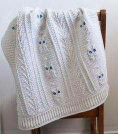 E já que eu estou em um rolo com lindos cobertores de malha, como sobre este pequeno adorável?  Pouco Blanket bebê da coruja por Julie Lapalme no Ravelry.  Pattern disponíveis para compra.