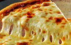 Minulta on toivottu pizzaohjetta jo useampaan otteeseen. Yleensä käymme pizzalla pizzeriassa, mutta silloin tällöin tulee toki pizzaa paiste...