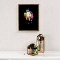 Obraz Love 30x40cm gold - Dekoria.sk  #obraz#kvety#obyvacka#kuchyna#jedalen#detskeizba Floating Shelves, Gold, Home Decor, Decoration Home, Room Decor, Wall Shelves, Home Interior Design, Home Decoration, Interior Design