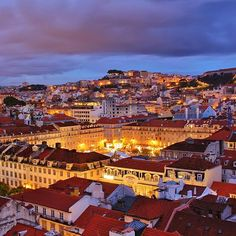 Lisboa - Praça da Figueira Vista do topo do elevador Santa Justa.  Lisbon - Figueira Square  View from top of Santa Justa lift.  Photo: @ansvicente  #super_lisboa  #portugal #lisboa #lisbon #porto #oporto #acores #azores #madeira #algarve #topportugalphoto #visitportugal #funchal #toplisbonphoto  ##beautifuldestinations #awesomeearth #TheBestDestinations #BestVacations #aplacetoremember #worldtourists #awesomedreamplaces #luxwt #wonderful_places #places_wow #forbestravelguide #SHzzz_hub