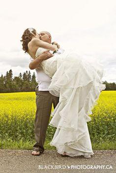 Beautiful shot of a loving embrace | Blackbird Photography.