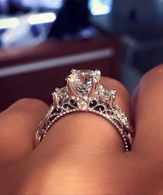 It's all about the ring �� http://gelinshop.com/ipost/1515075282687926144/?code=BUGoPFAlp-A