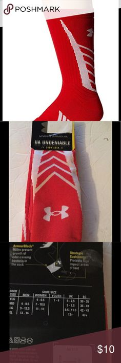 Under Armour Men's Undeniable All Sport Crew Under Armour Men's Undeniable All Sport Crew Socks (1 Pair) 46% Polyester/30% Cotton/20% Nylon/4% Spandex Left and right-specific sport socks featuring embedded arch support and strategic cushioning to protect high-impact areas Seamless toe Moisture-wicking Armour Dry technology for accelerated evaporation Armour Block helps prevent growth of odor-causing bacteria in the sock Under Armour Underwear & Socks Athletic Socks