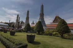thailand backpacking - CLICK VISIT link above for more info Image Categories, The Beautiful Country, Top Destinations, Burj Khalifa, Thailand Travel, Building Design, Barcelona Cathedral, Statue Of Liberty, Traveling By Yourself