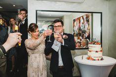 Bride and groom giving a speech during the wedding reception. Groom's Speech, Best Man Speech, Wedding Toast Samples, Best Man Wedding Speeches, Maid Of Honor Speech, Wedding Toasts, Bridesmaid Dresses, Wedding Dresses, A Good Man