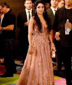 Best- Vanessa Hudgens  The Best And Worst Looks From The 2015 VMA's • Page 11 of 12 • BoredBug