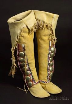 Southern Plains Beaded High-top Woman's Moccasins Native American Moccasins, Native American Clothing, Native American Regalia, Native American Beauty, Native American Beadwork, Beaded Moccasins, Leather Moccasins, Leather Sandals, Moccasins Outfit