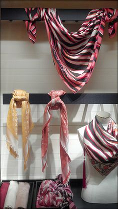 Louis Vuitton merchandising Scarf Knots