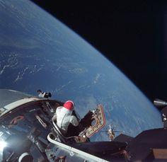 Astronaut Dave Scott looks at Earth m the Apollo 9 Command Module in March NASA photo. Apollo 9, Nasa Missions, Apollo Missions, Hubble Space Telescope, Space And Astronomy, Nasa Space, Nasa Photos, Photos Du, Nasa Images