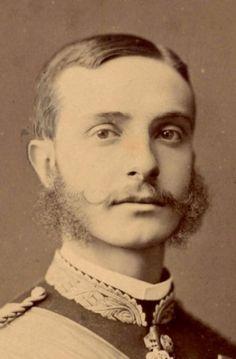 Alfonso XII, Rey de España #casascolonialesespañolas