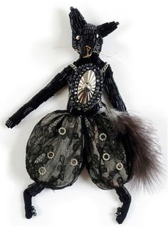 Rat Soldier by Alice Mary Lynch, Dollmaker  From: www.alicemarylynch.com