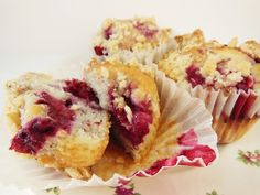 Muffins premium de moras y crumble
