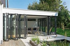 de/… with Folding Glass Door Glass Extension, Marquise, Outdoor Living, Outdoor Decor, Folding Doors, House Extensions, Window Design, Future House, Gazebo