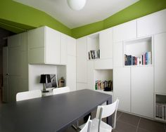 http://www.jaybean.com/wp-content/uploads/2013/01/bright-storage-ideas-for-apartment-1024x819.jpg
