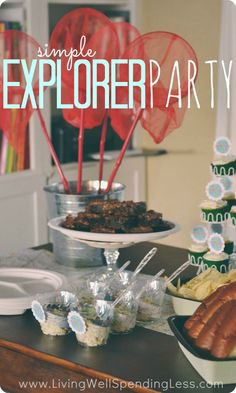 Simple Explorer Party. Cute & super thrifty party theme idea that would work for any girl or boy that loves nature or the outdoors. The nature scavenger hunt activity looks SO fun & the post includes a free printable nature hunt sheet plus free printable cupcake & napkin labels.
