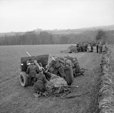 25-pdr field guns in action during an exercise in Scotland, 20th March 1941