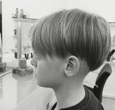 Corte de cabello para hombre estilo hongo
