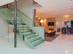 Escadas diferentes e modernas - veja modelos lindos e sofisticados!