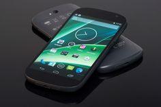 Ruska kompanija, mnogima nepoznata, na tržište je izbacila svoj novi telefon nazvan YotaPhone 2 koji na tržište donosi prvi pametni telefon u svijetu s dva velika i funkcionalna zaslona.