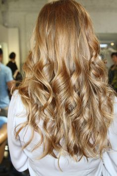 Honey golden auburn blonde! subtle highlights subtle faint ombre.