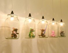 Visits to the dentist are generally accompanied by a sudden lack of humor. A dental practice in my hometown. A long corridor. He could somehow tolerate a little humor. Illuminated mini cabinets made from large screw-cap jars are hung in rows and … Corner Deco, Ideias Diy, Mason Jar Lamp, Kids And Parenting, Parenting Humor, Diy For Kids, Kids Room, Projects To Try, Crafty