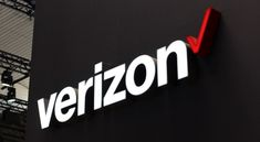 Interested in switching to one of the Verizon plans? Here are the best Verizon wireless plans worthy of your consideration right now. Verizon Phones, Verizon Wireless, Iphone 4s, Iphone Case Covers, Free Internet Tv, Streaming Tv Channels, Money Cards, Apple Iphone 6s Plus, Samsung Galaxy S3