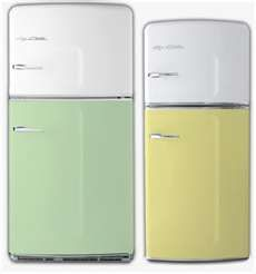 Image Search Results for the big chill refrigerator....I need a little one and buttercup yellow. :o) Need....make that want.