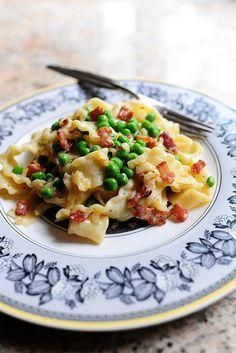 Pasta Carbonara by Ree Drummond / The Pioneer Woman, via Flickr