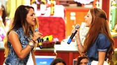 """Twin sisters Niki, left, and Gabi DeMartino greet their fans at the Lehigh Valley Mall. The two Youtube bloggers helped the Lehigh Valley Mall present the """"ABCs of Style', a back-to-school event in conjunction with Teen Vogue magazine. Picture made Saturday, August 9, 2014."""