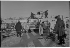 WebNeo World War Ii, Winter, Tanks, History, Painting, Art, Finland, World War Two, Winter Time