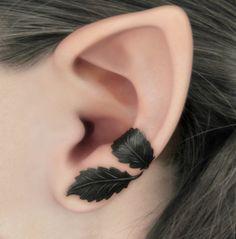 Dark Forest Left Ear Cuff - Black Leaves Filigree