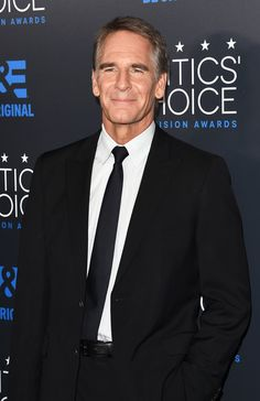 Scott Bakula Photos - Actor Scott Bakula attends the 5th Annual Critics' Choice Television Awards at The Beverly Hilton Hotel on May 31, 2015 in Beverly Hills, California. - 5th Annual Critics' Choice Television Awards - Arrivals