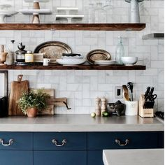 { T I L E S }  We adore this kitchen inspiration picture provided for use of our Carrara marble tiles as splashback teamed with open shelves.  #splashback #marble #openshelves #kitchen #inspiration #classic #theclassicoutfitter