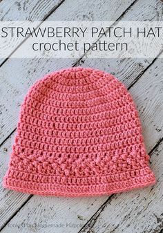 crochet hats The Strawberry Patch Crochet Hat Pattern is the first pattern for the Crochet Along for a Cause! You can find all the CAL details HERE. I called this the Strawberry Patch hat Crochet Adult Hat, Crochet Beanie Pattern, Crochet Cap, Free Crochet, Crochet Patterns, Hat Patterns, Crochet Strawberry, Strawberry Patch, Crochet Crafts