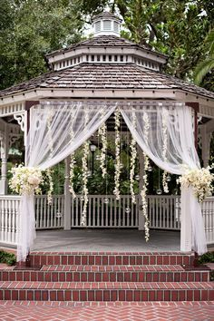 Gazebo Decorated Clever Wedding Tricks Wedding Planning Ideas Etiquette Bridal Guide Magazine Best House Decorated For Christmas Wedding Ceremony Ideas, Gazebo Wedding Decorations, Garland Wedding, Wedding Tips, Wedding Flowers, Wedding Venues, Dream Wedding, Wedding Day, Trendy Wedding