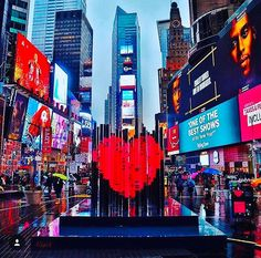 Love this photo and love this city...lots of ❤️❤️❤️ for New York City on Valentine's Day. 📷 by @gigi.nyc . . . #newyork #newyorkcity #iloveny #biglove #nyc #timessquare #travel #traveling #worldtraveler #mtatravel #lovetotravel #livetotravel #instatravel #travelgram #nyctravel #favouritecity #explore #inspire #adventure #gotravel #wheretonext #wanderlust #bucketlist