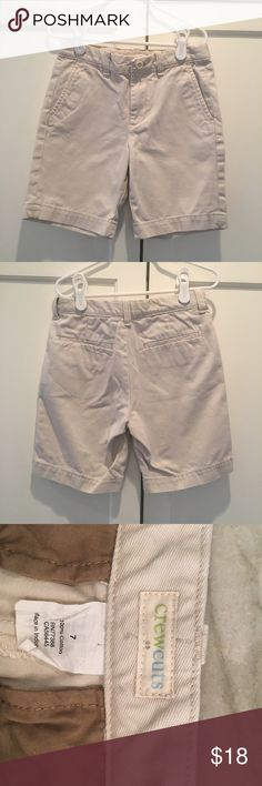 Mint condition J.Crew Crewcuts Chino Shorts Like new boys Crewcuts for J.Crew 100% cotton, mid-weight chino shorts. Sturdy enough for school days and weekend play. Easy to dress up for casual dinners or spring parties. Zip front with hidden closure. Adjustable waist. Side pockets. J. Crew Bottoms Shorts