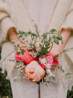 Natural bridal bouquet   Image by Barbara Luzynska