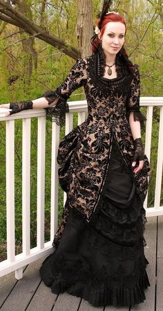 Victorian Gothic (Truly Victorian Polonaise pattern) #provestra