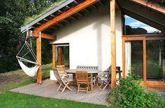 Bevan Architects Build Carbon-Negative Hemp Eco Retreat For Under £100,000 | Inhabitat - Green Design, Innovation, Architecture, Green Building