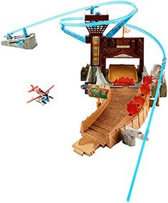 Disney Planes: Fire & Rescue Fire at Fusel Lodge! Track Set