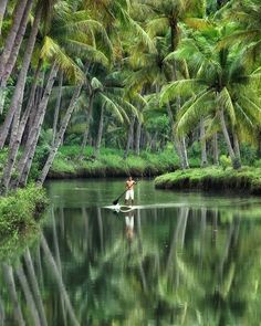Sungai Maron Pacitan, Indonesia Photo by Mamad Wijaya Places To Travel, Places To Visit, Kerala Backwaters, The Garden Of Words, Kerala Travel, Sup Stand Up Paddle, Sup Yoga, Nature Pictures, Amazing Nature