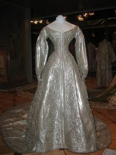 The dress is made of pure silver cloth  1883 Coronation dress of Marie Feodorovna Kremlin Museum.